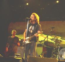 Eddie Vedder Concert : eddie vedder tour dates concerts tickets songkick ~ Russianpoet.info Haus und Dekorationen