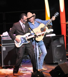 Dwight yoakam tour dates in Melbourne