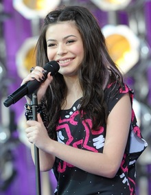 miranda cosgrove announcements notifications