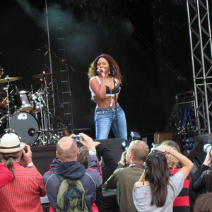 Missy elliot naked concert performance valuable
