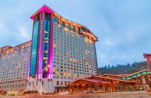 Scotty McCreery at Harrah's Cherokee Casino, Resort & Event Center (May 4, 2018)